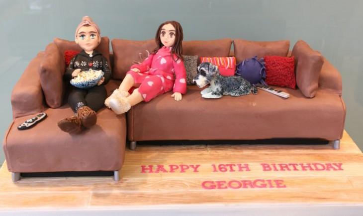 Diseños en pasteles con forma de sofá