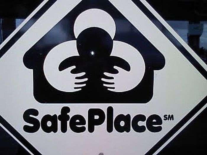 logotipo de Safe Place