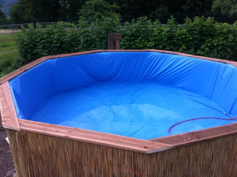 Procedimiento para construir una piscina hecha con palets - How to make a cheap swimming pool ...