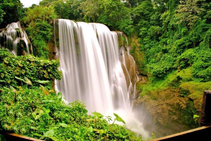 Catarata de Pulhapanzak en Honduras