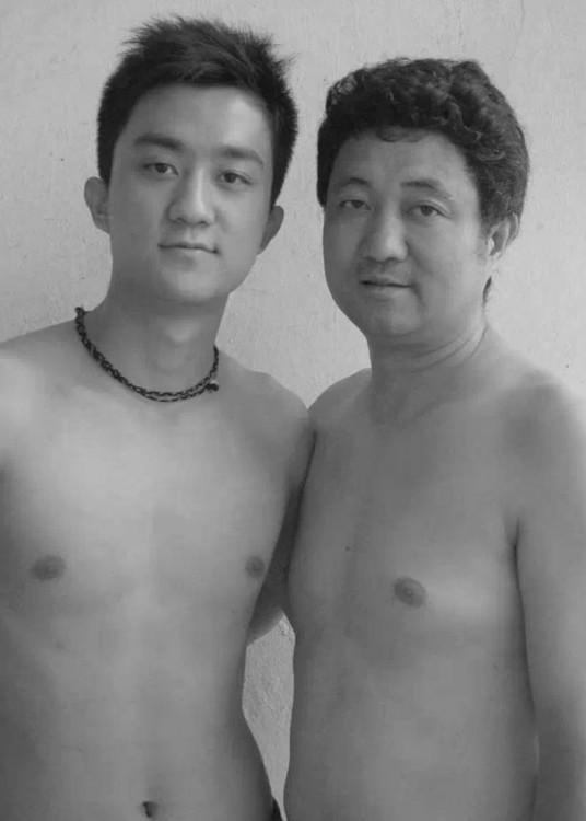 Sesión de fotos padre e hijo durante 29 años en 2006