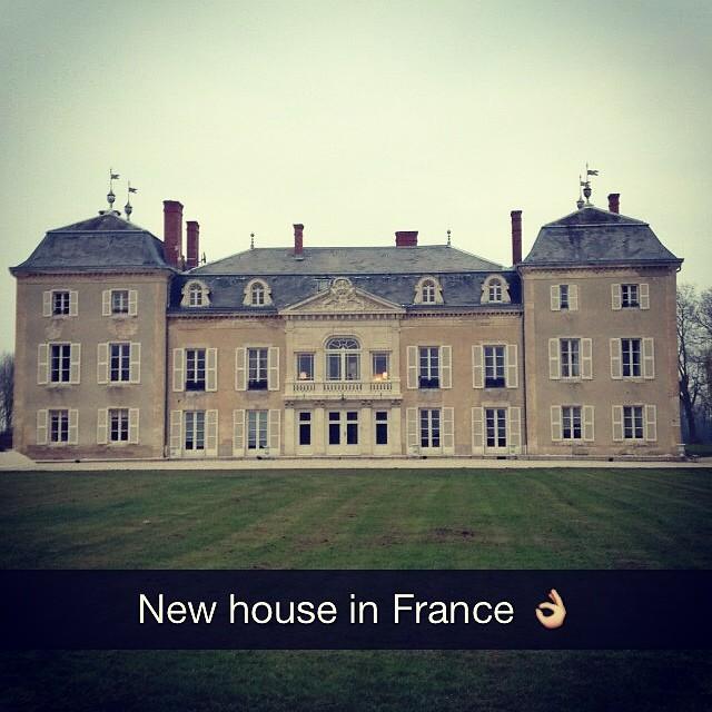 Imagen de una gran mansión en Francia