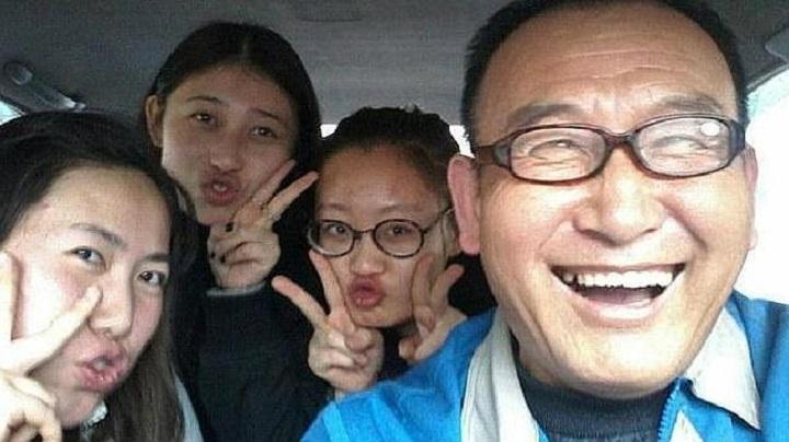Selfies con el taxista en China que se toma selfies con sus pasajeros