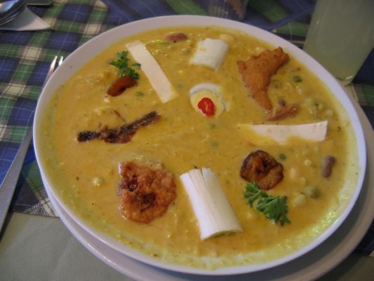 Sopa de caracol, yuca y chile