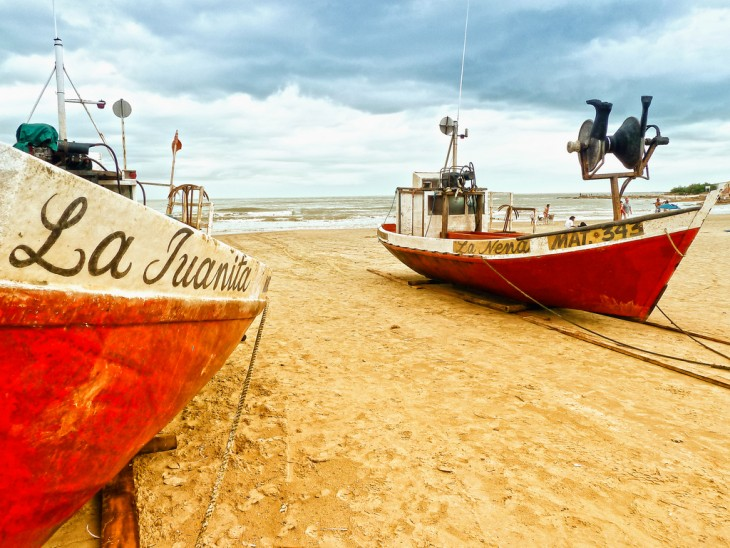 cabo polonio era un puerto de pescadores que hoy por se r reserva natural se dedica al turismo