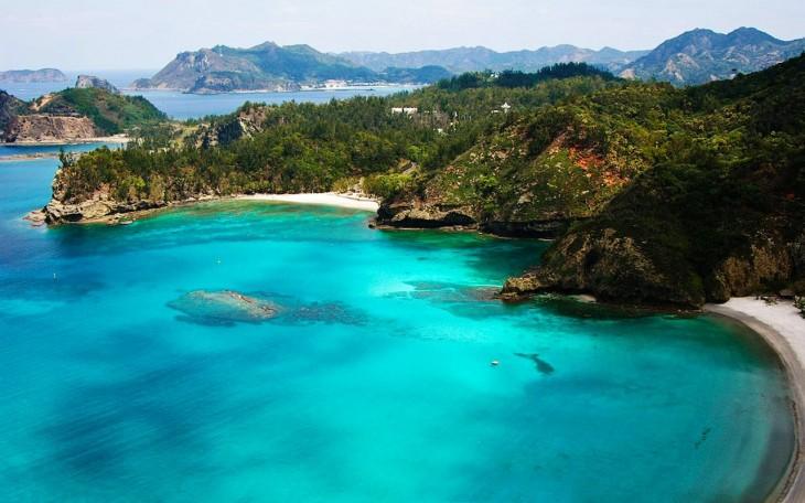 vista frontal panoramica de islas galapagos ecuador