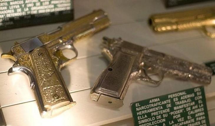pistolas de los narcos mexicanos