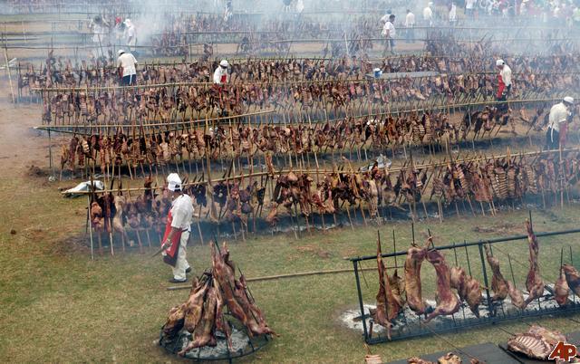 asado paraguayo tiene el record guinnes de mundo por ser asado muchos a la vez