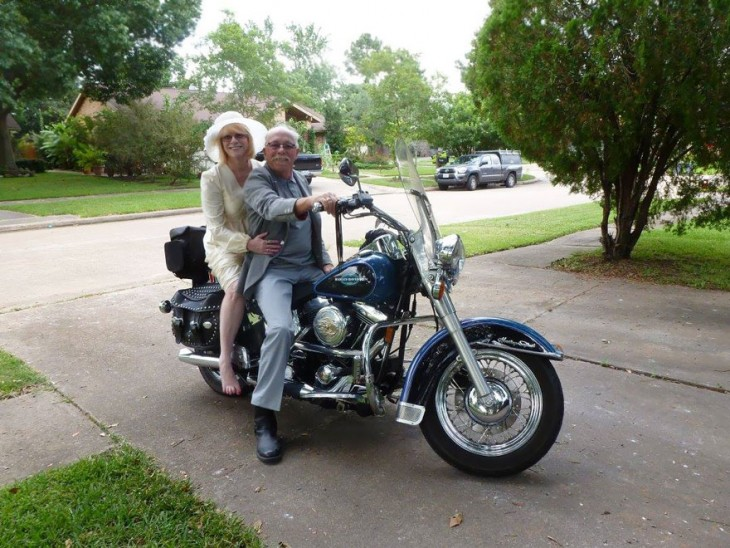 pareja celebra 40 aniversario con fotos recreadas 2015