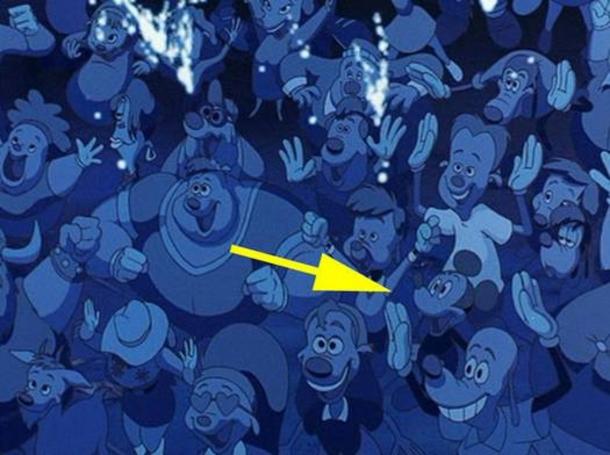 en la pelicula de goofy mickey mouse sale disfrutando de su concienrto