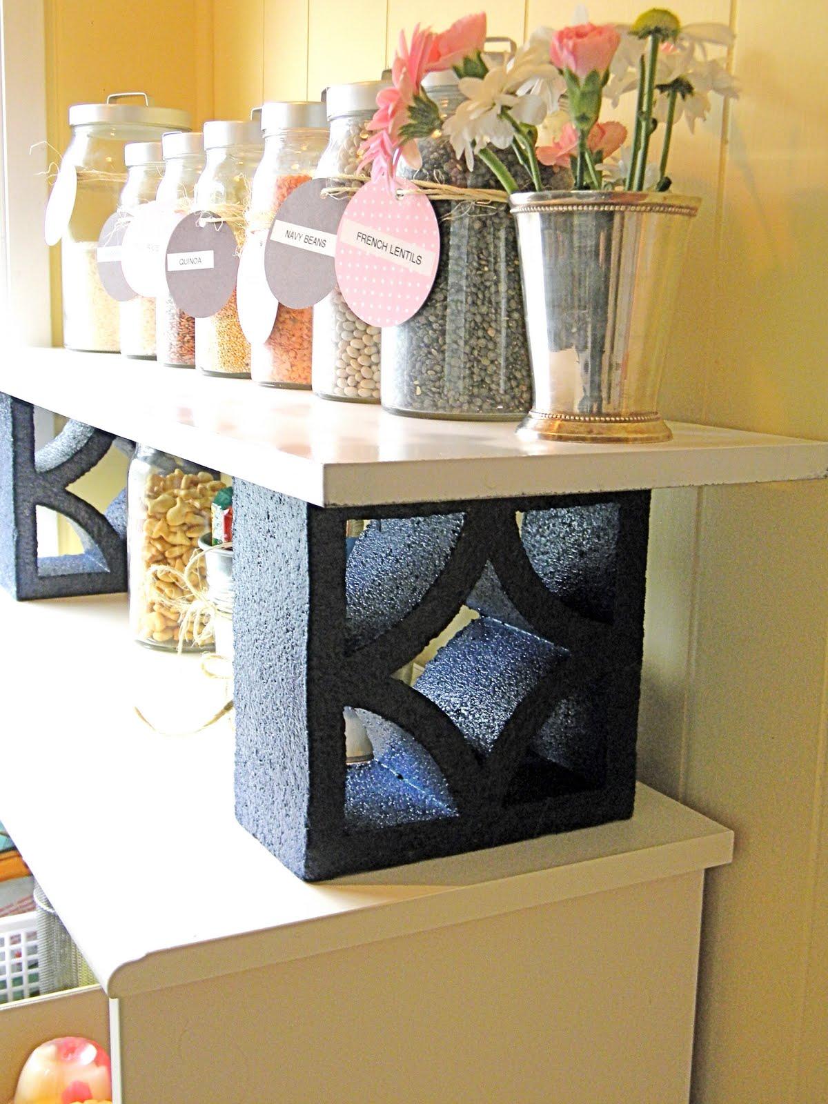 25 creativas ideas para adornar tu casa con bloques de cemento