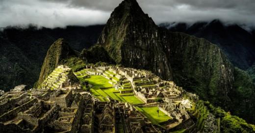A la mayoría de las personas nos agrada la idea de viajar y conocer muchos lugares alrededor del mundo, pero la primera cosa que nos viene a la mente es ¿cuánto presupuesto necesitamos para realizar dicho viaje?