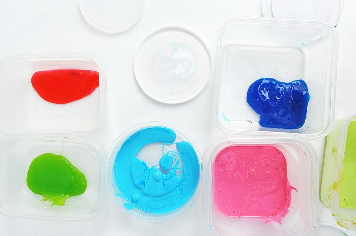 Materiales para crear suncatchers de slime