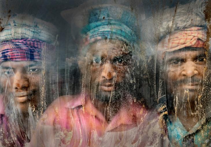 Fotografía Segundo lugar: Trabajadores de grava en National Geographic