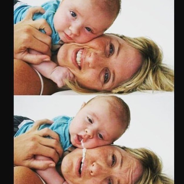 Fotografía de una mujer con su bebé en el que este le hecha comida en su boca