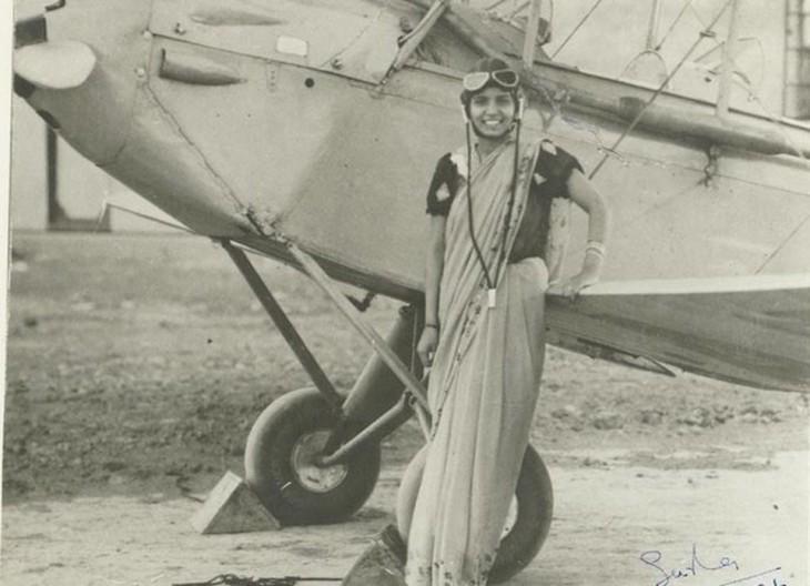 Sarla Thakral primer mujer que coló un avión en la India