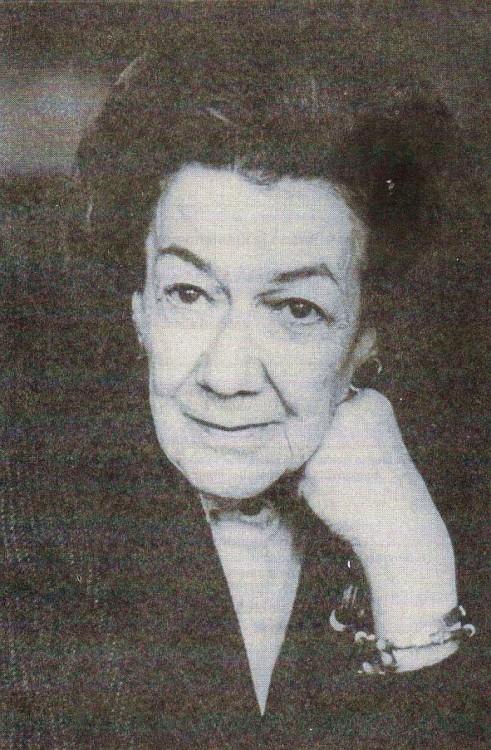 Ana Aslan considera la pionera en Gerontología y Geriatría.