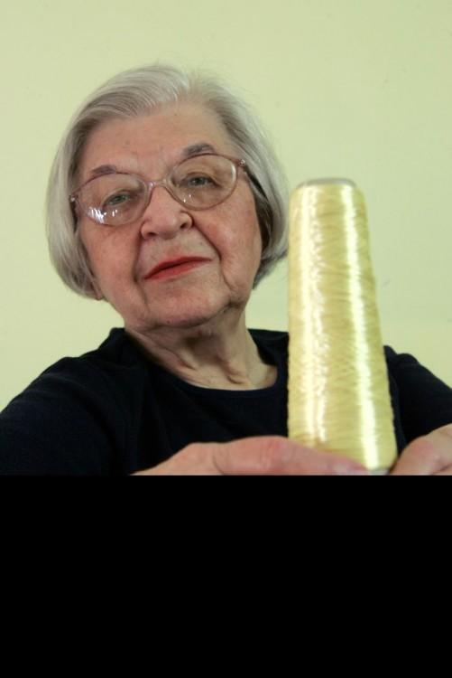Stephanie Kwolek invento el Kevlar