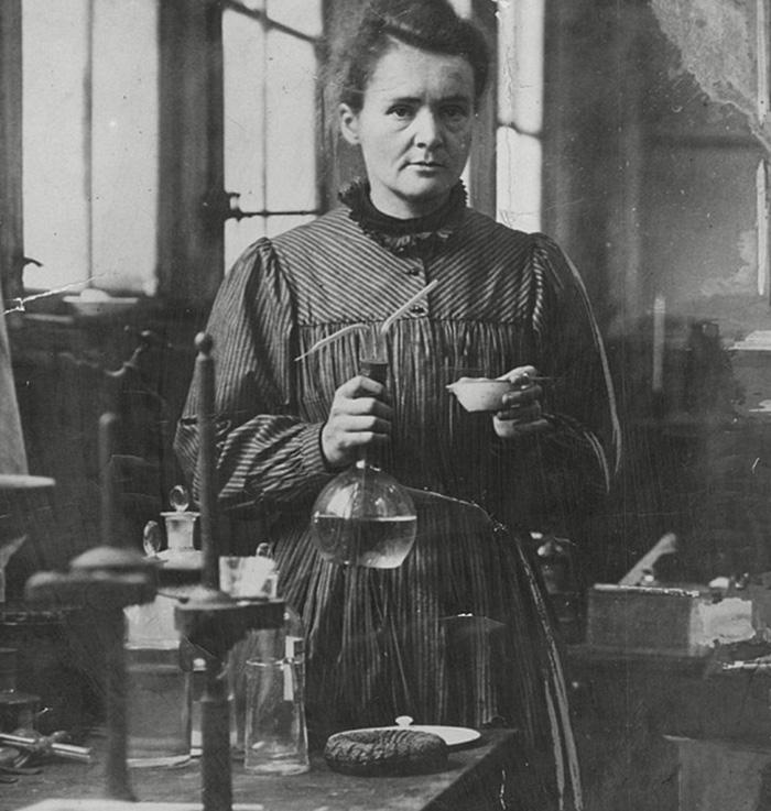 Fotografía de Marie Curie, famosa física y química polaca de la radiactividad