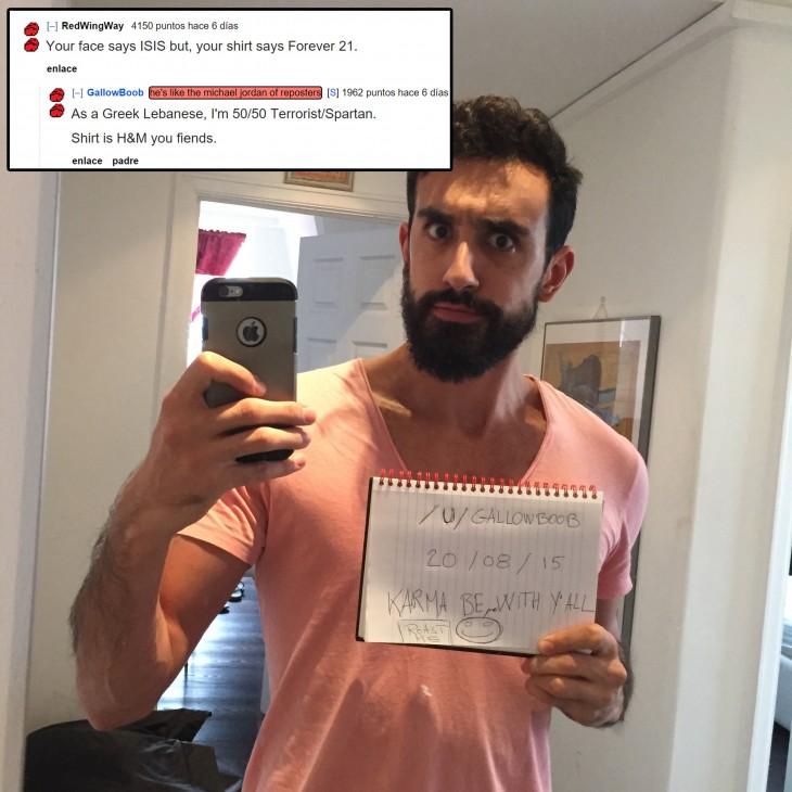 hombre en reddit pide ser criticado