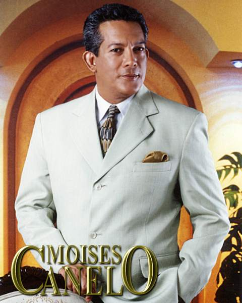 Moisés Canelo cantautor hondureño