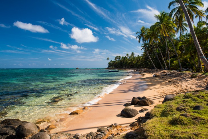 Playa Yemaya en la pequeña isla maíz, Nicaragua