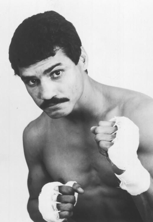 Alexis Argüello fue un boxeador nicaragüense tres veces campeón mundial.