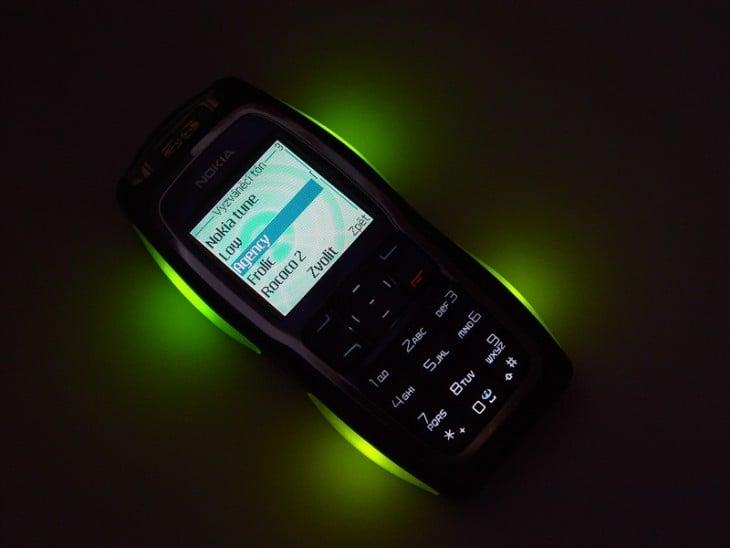 nokia 3220 com luzes