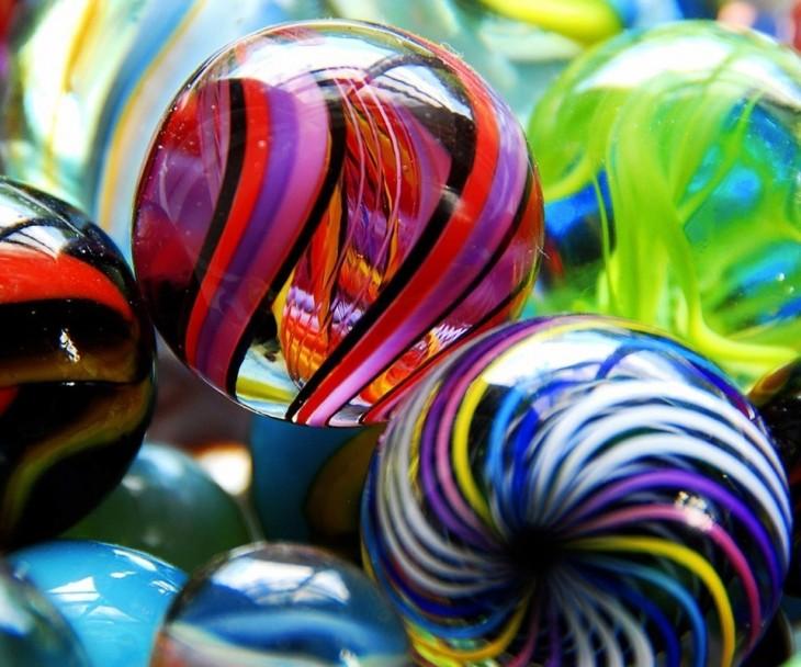 canicas, uno de los juguetes favoritos de los 90
