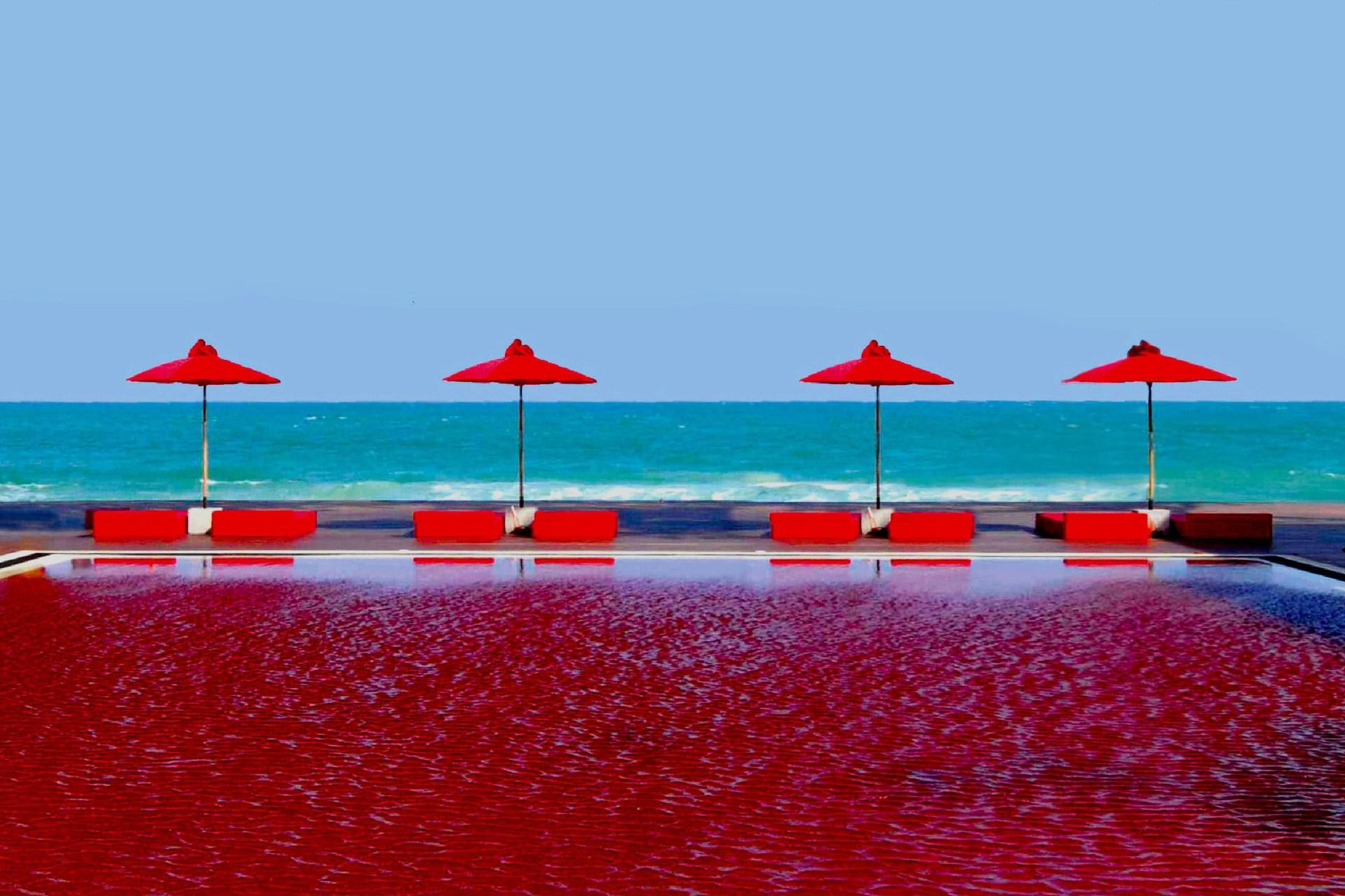 15 piscinas m s raras hermosas y extraordinarias del mundo for Fotos de piletas de material