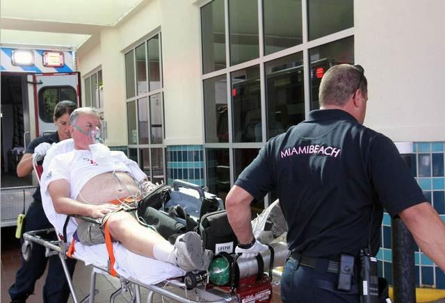 hombre intoxicado por humo rumbo al hospital