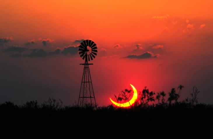 Un eclipse parcial de sol en texas