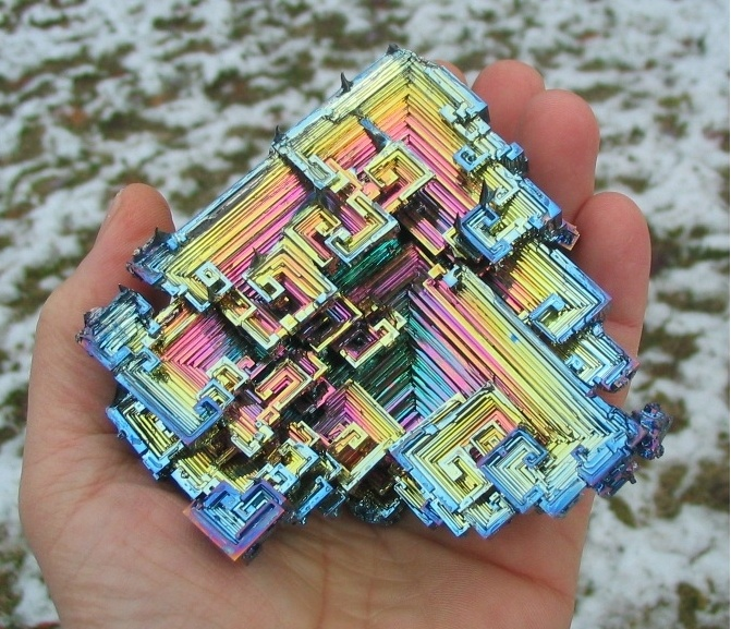 el bismuto se oxida de forma iridiscente