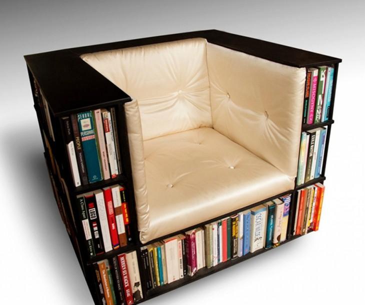 este librero que se hace asiento