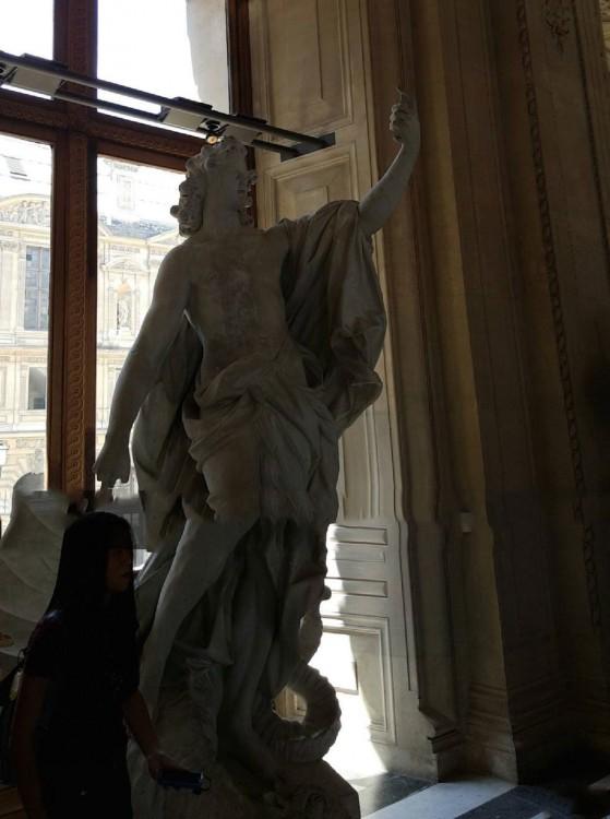 arte con doble sentido la estatua que no tiene recepción