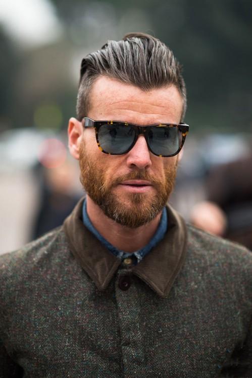 hombre con barba estilo otoño 2015 y corte samurai tendencia otoño invierno 2015