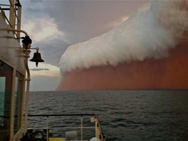 TORMENTA DE ARENA ROJA QUE AZOTO AL OESTE DE AUSTRALIA