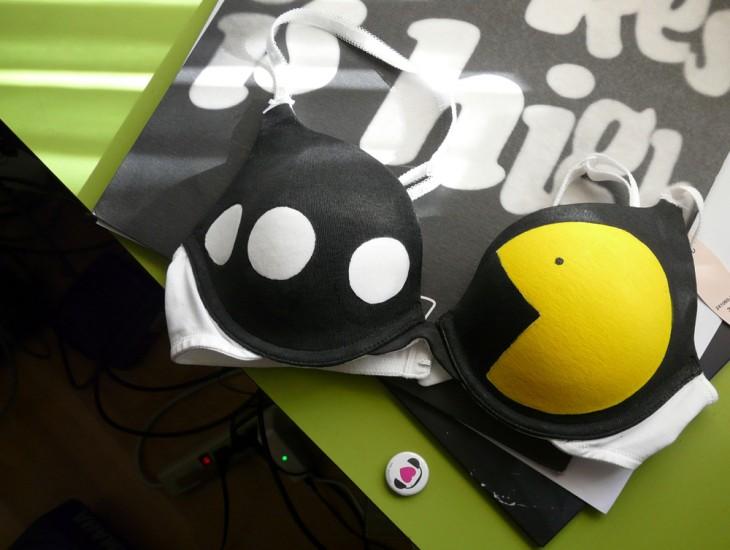Brasier con el dibujo de Pacman