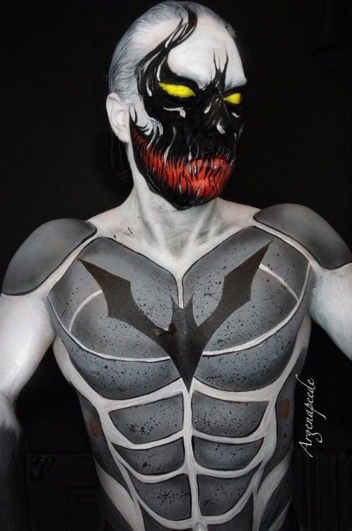 Batman Venom híbrido maquiagem Argenis Pinal