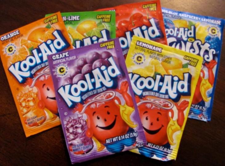 Sobres de Kool-aid de diferentes sabores