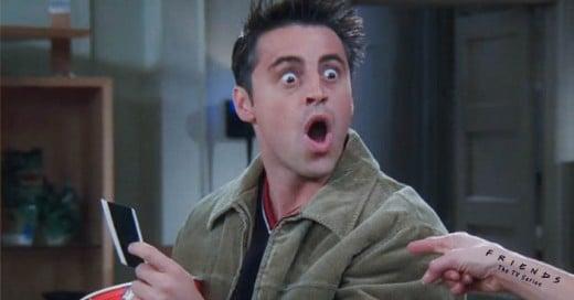 Chandler decide perdonarle a Joey la deuda y aquí se te muestra la cantidad real de cuanto es