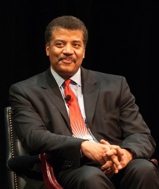 fotografía del astrofísico Neil deGrasse Tyson
