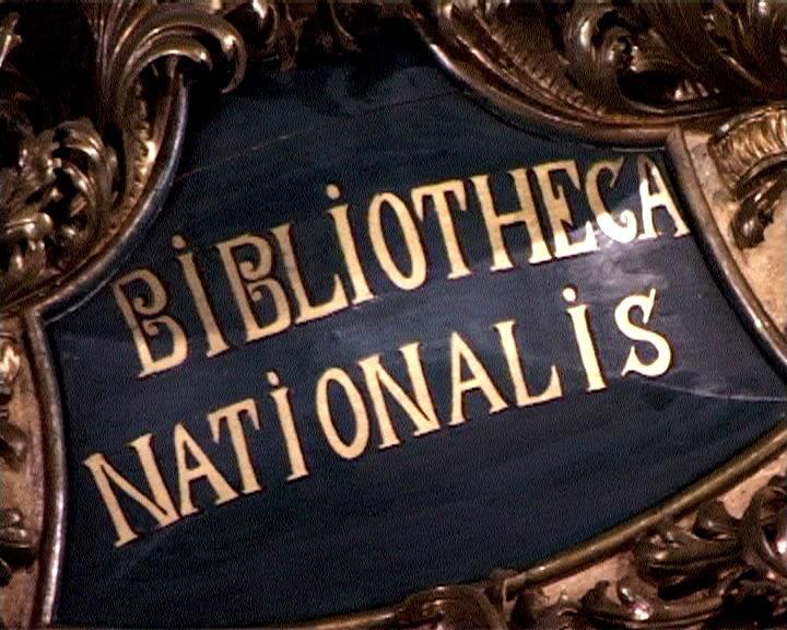"""Letrero con la frase """"Bibliotheca Nationalis"""""""