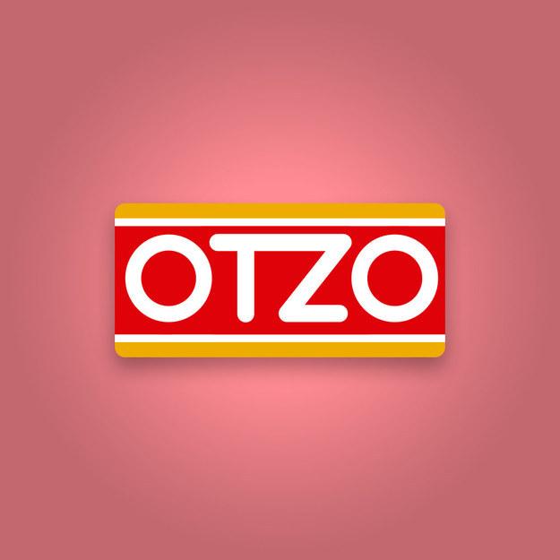 """Logotipo del oxxo mal escrito como """"Otzo"""""""