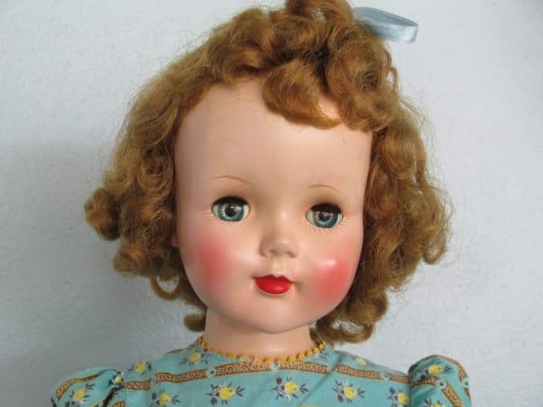 cara de una muñeca