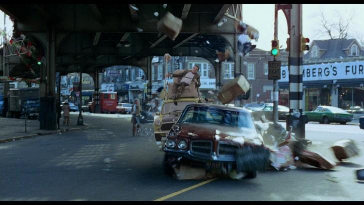 Photoshop de Mr. Bean en su carro persiguiendo a otro coche