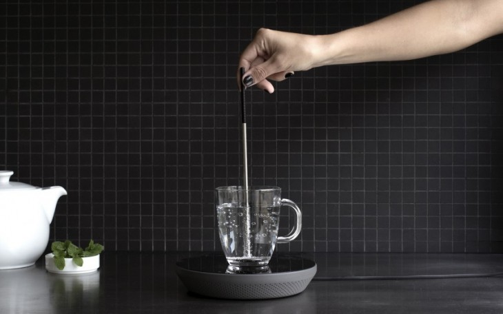 Pieza de metal para calentar líquidos