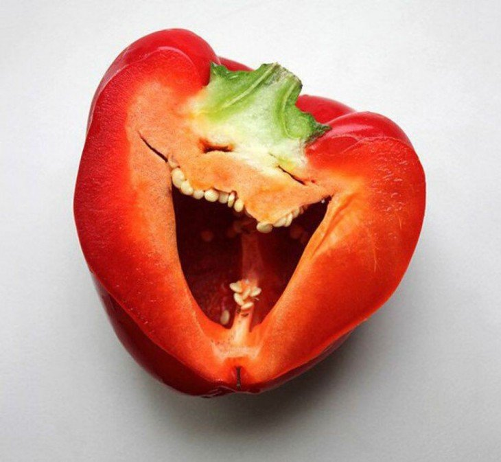 pimenta vermelha parece sorrir