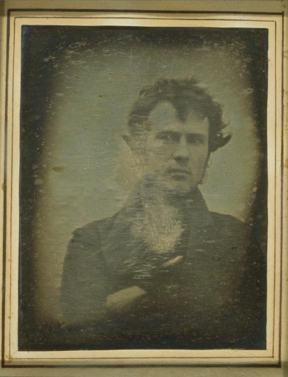 robert cornelius en la primera selfie de la historia