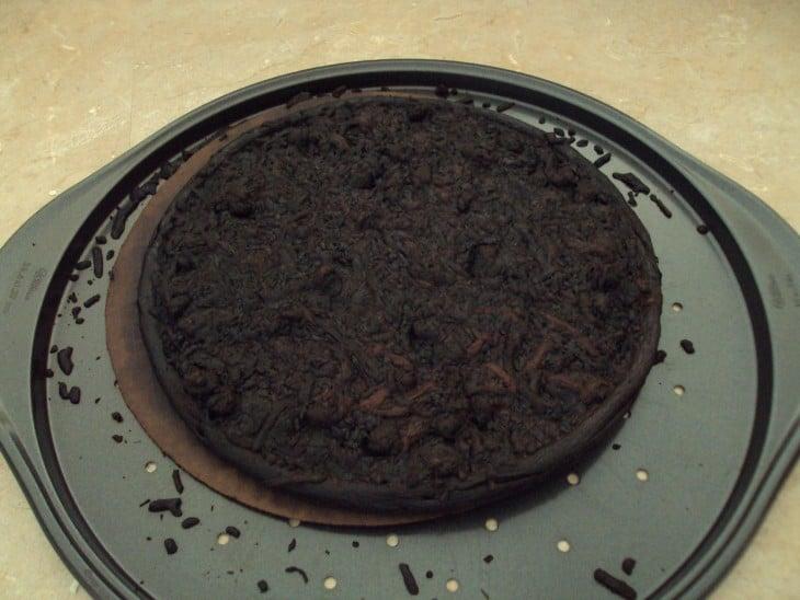 pizza muy quemada